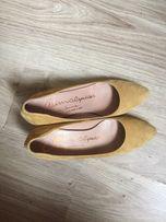 Туфли горчичные в офис