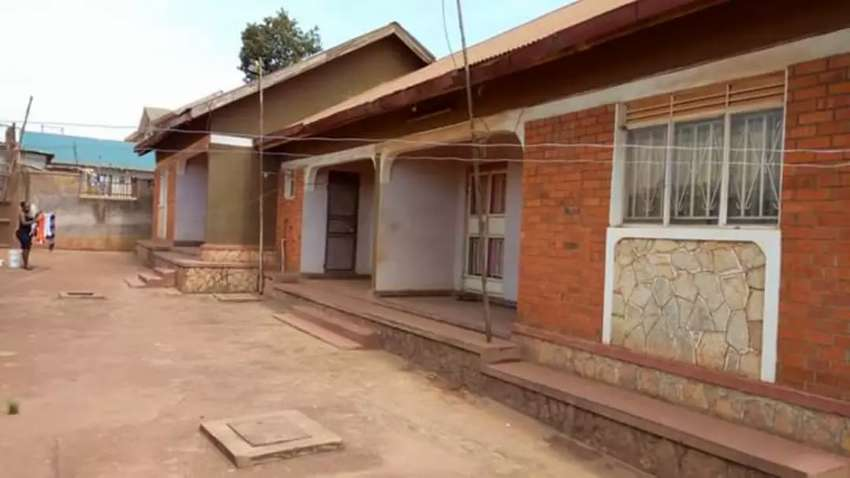 Rentals on sale in SEETA  3units 2units of 2bedrooms and 1unit double 0
