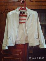 Курточка-ветровка вельветовая женская, продам