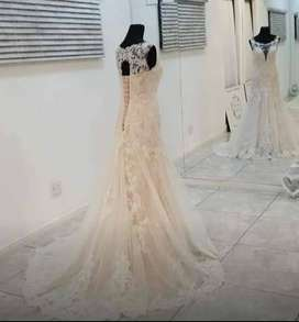 Wedding dresses to hire and to buy