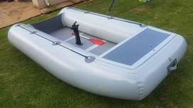 3.9m INFLATABLE BOAT R6500