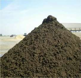 We are looking for bulk chicken manure