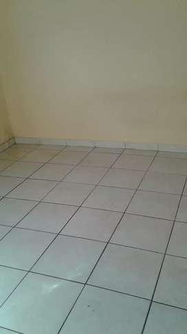 ZOLA EXT 1 FLAT TO LET