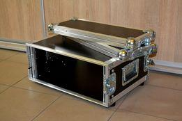 Nowy rack case 4U motylki
