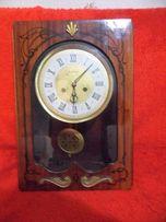 Настенные часы с боем Янтарь