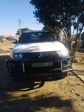 , I'm selling my bakkie very good condition selling