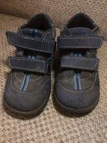 Детские весенние ботинки