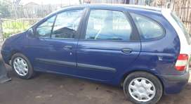 Renault Scenic 1.6 for sale.