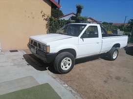 Nissan 1ton long wheel based bakkie