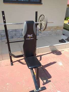 Everlast extreme bench and weight