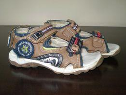 Sandałki chłopięce rozmiar 28