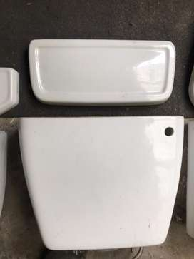 Complete used toilet cisterns and lids!