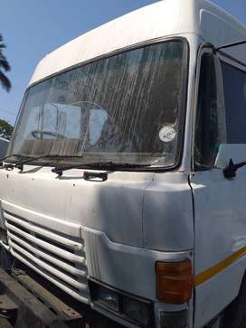 HINO DOLPHIN SINGLE DIFF HORSE WITH 447 TURBO ENGINE R85000