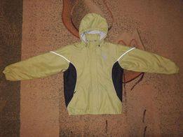 фирменная теплая демисезонная куртка Umbro р.158-164