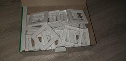 Пластиковые рамки под розетки Schneider