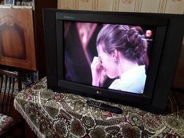 продам телевизор LG-кореец диагональ 70 см, медкомплекс