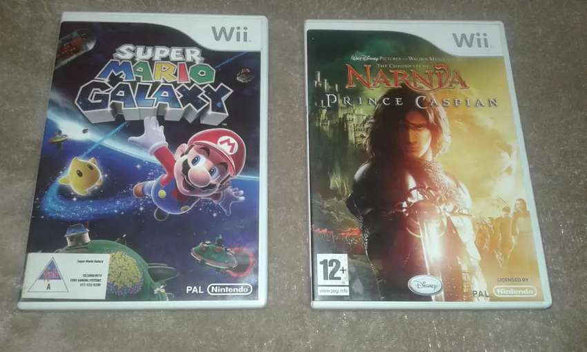 Wii Mario Galaxy and Wii Narnia 0