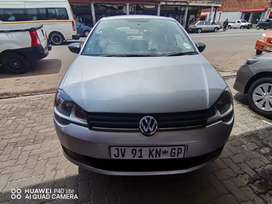2017 VW POLO VIVO WITH SERVICE BOOK