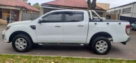 FORD RANGER DOUBLE CAB 3.2. SIX SPEED