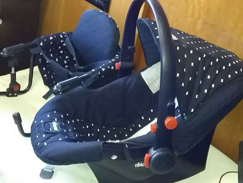 Baby counter feeding chair and car seat 0