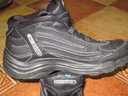 Buty Reebok damskie czarne rozmiar 37,5 wkładka 24 cm
