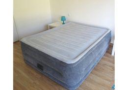 Надувная кровать intex 64414.152-203-46 см со встроенным насосом.