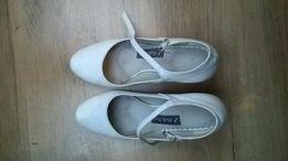 Buty ślubne białe na obcasie 38