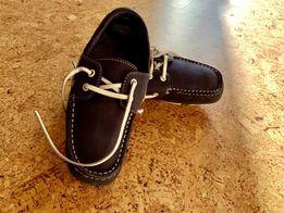 Продам кожаные мокасины туфли