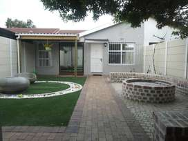 Plattekloof Glen Self Catering available for short or medium term rent