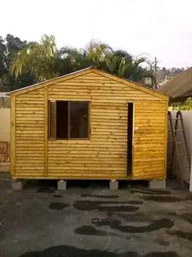 Wendy house for cheap and affodaboll prizes