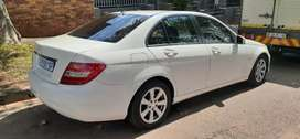 MERCEDES-BENZ C180 WITH SPARE KEYS AVAILABLE IN EXCELLENT CONDITION