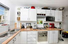 Apartment for rent in Diep River, Southern Suburbs, Western Cape