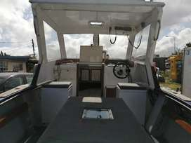 Charter ace craft boat for 8 people