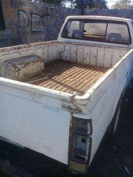 Colt bakkie body with gearbox