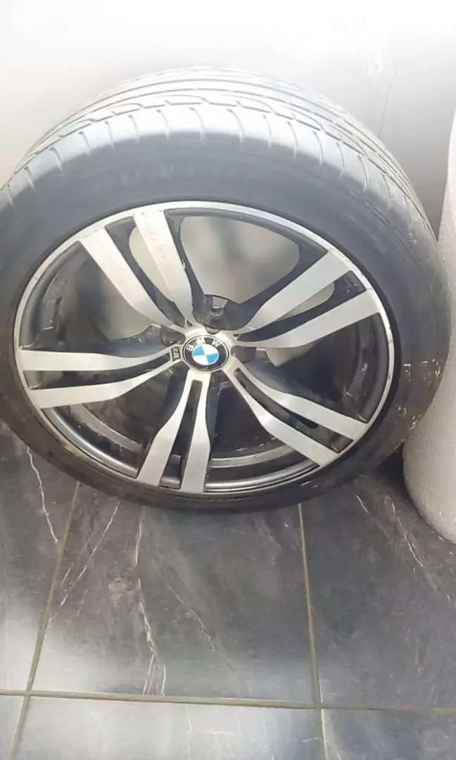 2012/2013 X5m sport stripping for spares 0