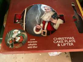 Father christmas plate and cake lefter