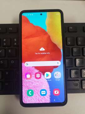 Samsung A51. Barely used, phone to big.
