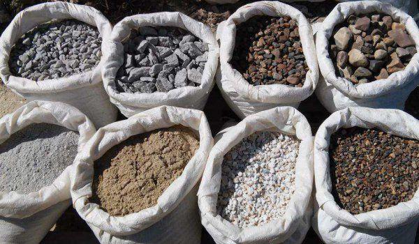Стройматериалы в мешках - песок, щебень, керамзит, гранотсев, чернозем