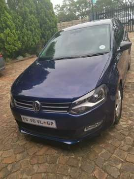 POLO 6 FOR SALE AT VERY GOOD PRICE MANUAL