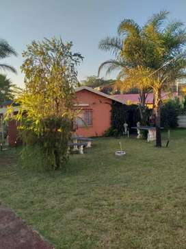 House for sale contact me MC Botha owner R750000