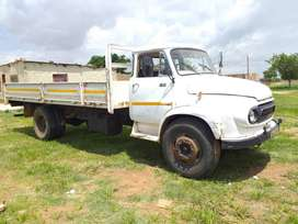 Ford k1010