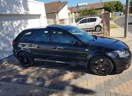 Audi A3 sportback 3.2 quattro (same engine as R32)