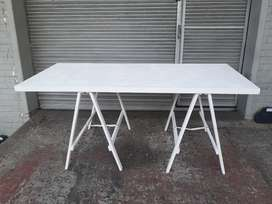 Table and trestles