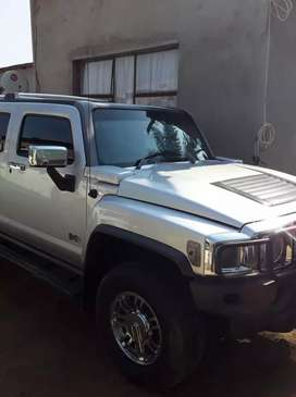 Hummer H3 for sale, price highly negotiable.