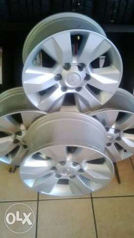 17 inch rims for Toyota Hilux