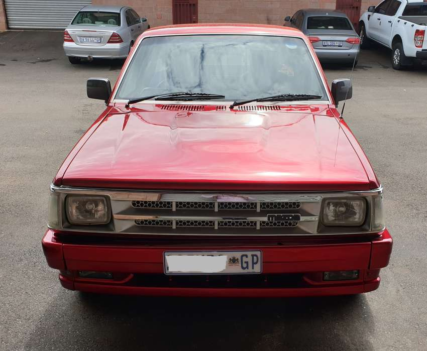 Mazda B 2.2 Bakkie, With Lexus V8 Conversion 0