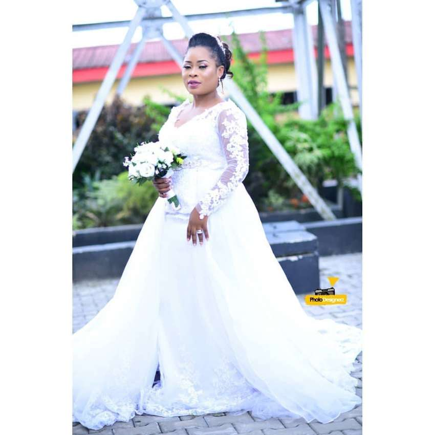 Wedding gown and accessories for sale/rent 0