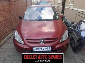 Peugeot 307 stripping for parts and accesories
