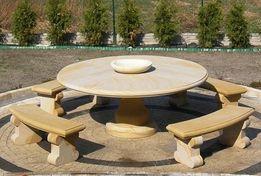 Duży komplet ogrodowy, stół + 4 ławki - piaskowiec naturalny kamień
