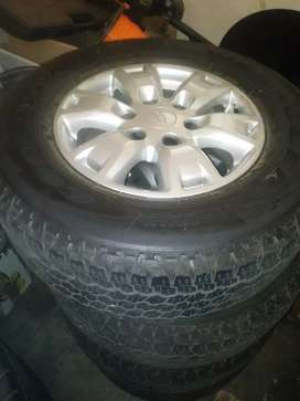 Ford ranger t6 mag wheels and tyers